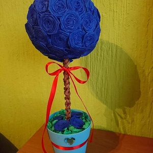 Gömbfa, Csokor & Virágdísz, Dekoráció, Otthon & Lakás, Mindenmás, Papírművészet, Krepp papírból készült virágok hajtogatásos módszerrel.Maga a gömb az hungarocell, amire a virágok l..., Meska