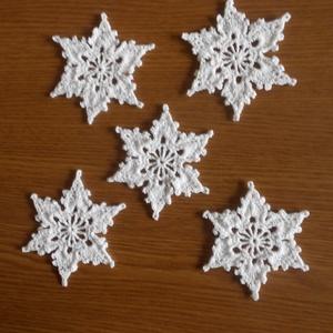 Horgolt karácsonyfadísz, hópehely, csillag - Meska.hu