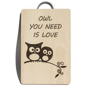 Owl you need is love, Esküvő, Nászajándék, Otthon & lakás, Konyhafelszerelés, Vágódeszka, Edényalátét, Gravírozás, pirográfia, Pirográf technikával (kézi égetéssel) kb díszített fa vágódeszka.\n\nMérete: 30x20x1,5 cm\n\n\n\n..., Meska