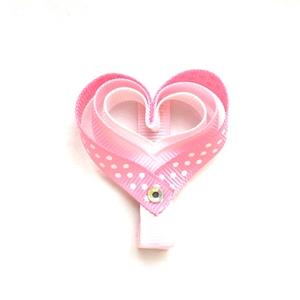 Rózsaszín szívecskés hajcsat, Táska, Divat & Szépség, Hajbavaló, Ruha, divat, Hajcsat, Mindenmás, Ezt az aranyos rózsaszín szívecskét szalagból készítettem, 4,5 cm-es aligátor hajcsatra helyeztem el..., Meska