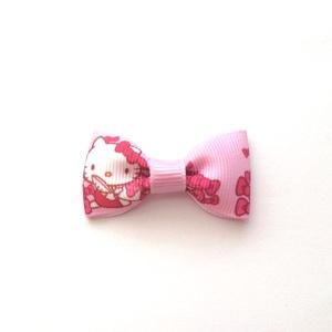 Rózsaszín Hello Kitty masnis hajcsat , Táska, Divat & Szépség, Hajbavaló, Ruha, divat, Hajcsat, Varrás, Ékszerkészítés, Ezt a rózsaszín Hello Kitty-s masnit szalagból készítettem,  4,5 cm-es aligátor hajcsatra helyeztem ..., Meska