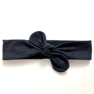Farmerkék (sötétkék) rugalmas pamut fejpánt / hajpánt, Hajráf & Hajpánt, Hajdísz & Hajcsat, Ruha & Divat, Varrás, Ékszerkészítés, Szuper aranyos divatos kiegészítő ez a pamut fejpánt!\n\nNagyon jó minőségű pamut anyagból készült, am..., Meska