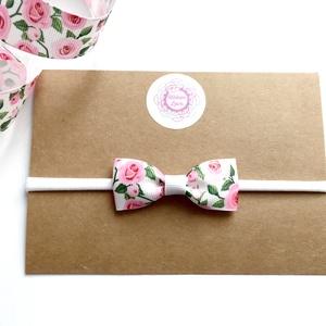 Rózsa virágos masnis puha rugalmas fejpánt, hajpánt, Táska, Divat & Szépség, Hajbavaló, Ruha, divat, Gyerek & játék, Hajpánt, Varrás, Ékszerkészítés, Gyönyörű rózsa mintás masnis fejpánt, amely tökéletes kiegészítője a tündérkék ünnepi öltözékének!\n\n..., Meska