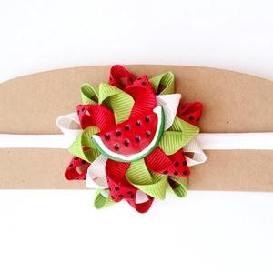 Dinnyés fejpánt, Táska, Divat & Szépség, Ruha, divat, Hajbavaló, Hajpánt, Ékszerkészítés, Varrás, A nyár kedvenc gyümölcse, az édes görögdinnye ihlette ezt a fejpántot!\n\nA hajbavalót szalagból készí..., Meska