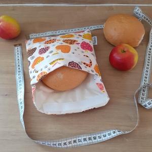 Uzsonnástasak, vízhatlan szendvics csomagoló - nagy, színes almás - snackbag, Otthon & lakás, Konyhafelszerelés, NoWaste, Bevásárló zsákok, zacskók , Varrás, HHelyettesíti az eldobható műanyag zacskókat, alufóliát, műanyagdobozt. Ha nem szeretnél mindig egys..., Meska