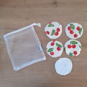 Arctisztító korong, mosható kozmetikai korong párna - szett (5 db), cseresznye, NoWaste, Textilek, Pamut arctisztító, Táska, Divat & Szépség, Szépség(ápolás), Fürdőszobai kellék, Egészségmegőrzés, Varrás, Az 5db korong mellé a képen láthatóhoz hasonló tüll mosózsák bónusz ajándék!\n\nAz eldobható vattakoro..., Meska