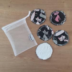 Arctisztító korong szett (5 db) ajándék mosózsákkal, fekete macska - sminklemosó, arclemosó, kozmetikai párna, Szépségápolás, Arcápolás, Arctisztító korong, Az 5db korong mellé a képen láthatóhoz hasonló tüll mosózsák bónusz ajándék!  Az eldobható vattakoro..., Meska