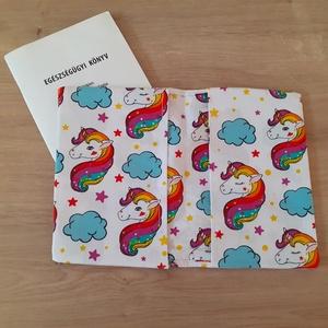 Egészségügyi kiskönyv borító - válsztható mintával rendelésre - Eü kiskönyv borító textilből, Könyv- és füzetborító, Papír írószer, Otthon & Lakás, Varrás, Egészségügyi kiskönyv borítók rendelésre! Az épp aktuális anyagválasztékból kérheted álmaid fiús vag..., Meska