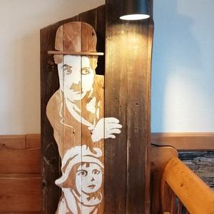 Chaplin és a kölyök , Művészet, Más művészeti ág, Famegmunkálás, Festészet, Ez, a lámpával ellátott lakásdekoráció, Chaplinre emlékezve készült. Egyik legkedveltebb partnerével..., Meska