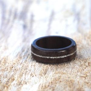 Fa gyűrű – Fekete dió ezüst berakással (Rodizto) - Meska.hu