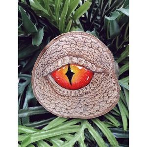 Sárkány szem - Pirográf technikával (sárga - piros) , Otthon & Lakás, Dekoráció, Asztaldísz, Festett tárgyak, Gravírozás, pirográfia, Pirográf technikával készült sárga - piros Sárkány szem. \nEz a kis dekoráció tökéletes dísze lesz la..., Meska