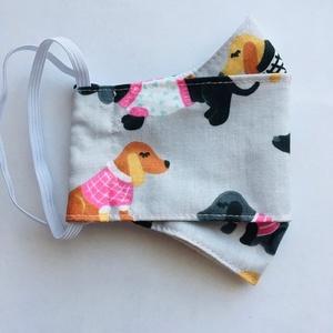 Maszk tacskó mintás / gyerek méret., Maszk, Arcmaszk, Női, Színes tacskó kutyusok mintás anyagból készült szájmaszk gyerek méretben. Fülre akasztható változatb..., Meska