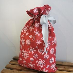 Piros, hópelyhes karácsonyi  zsák , Művészet, Textil, Egyéb, Varrás, Karácsonyi zsákok elérhetőek oldalamon. \nAnyaguk: pamut\n\nKicsi mérete: 13x24 cm\nNagy mérete: 16*26 c..., Meska