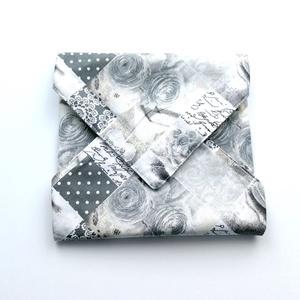 1 db rózsás macaronos újraszalvéta - tépőzáras újraszalvéta - vízhatlan újra-szalvéta - mintás újraszalvéta - wrap bag , NoWaste, Textilek, Textil tároló, Varrás, Ez az aranyos újra-szalvéta az egyszer használatos szalvéta, folpack, uzsonnás zacskó és az alufóli..., Meska