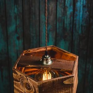 Rusztikus fa függeszték, Fali & Mennyezeti lámpa, Lámpa, Otthon & Lakás, Famegmunkálás, Rusztikus fa függeszték, újrahasznosított fenyőből, vékony matt lakkal kezelve.\n\nBeltéri használatra..., Meska