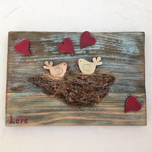 Szerelmes madárpár - rusztikus kép fából , Esküvő, Nászajándék, Lakberendezés, Otthon & lakás, Falikép, Famegmunkálás, Mindenmás, Mondd el érzéseidet egy bájos, romantikus képpel! Festett, koptatott, viaszolt fa deszka alapra kész..., Meska