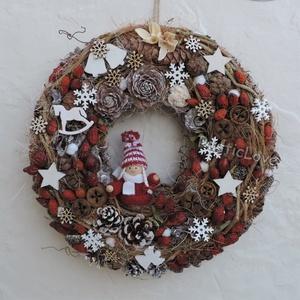 Csipkebogyó - téli, karácsonyi kopogtató, Otthon & lakás, Lakberendezés, Ajtódísz, kopogtató, Dekoráció, Ünnepi dekoráció, Karácsony, Karácsonyi dekoráció, Virágkötés, Mindenmás, Természetes anyagok: vessző, tobozok, termések, téli hangulatú fa dekorációs elemek és sok-sok szárí..., Meska