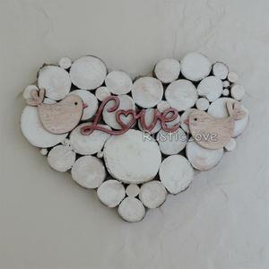 Rusztikus szív szerelmes madárkákkal, Esküvő, Esküvői dekoráció, Nászajándék, Otthon & lakás, Lakberendezés, Falikép, Famegmunkálás, Romantikus, természetesen szép, fából készült dísz két kicsi madárkával és Love felirattal. 1 cm vas..., Meska