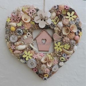 Szív alakú kopogtató tavaszra - nyárra, madárkákkal , Ajtódísz & Kopogtató, Dekoráció, Otthon & Lakás, Virágkötés, Üde, vidám, tavaszi-nyári kopogtató pasztell színekben romantikus, álmodozó vevőknek:) \nSzív alakú, ..., Meska