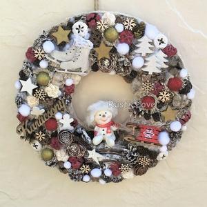 Hóember karácsonyi kopogtató , Karácsonyi kopogtató, Karácsony & Mikulás, Otthon & Lakás, Virágkötés, Mindenmás, Téli, karácsonyi hangulatú ajtó- vagy falidísz piros, fehér, arany színekben egy szánkózni induló bá..., Meska
