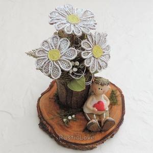 Egy csokor margaréta? rusztikus asztaldísz kedvesednek, Anyák napjára édesanyádnak, nagymamádnak , Otthon & Lakás, Dekoráció, Asztaldísz, Famegmunkálás, Mindenmás, Bájos ajándék természetes anyagokból: soha el nem hervadó virágcsokor farönk virágtartóban egy kedve..., Meska