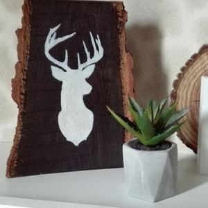 Rusztikus hatású szarvast ábrázoló  fa tábla , Dekoráció, Otthon & lakás, Ünnepi dekoráció, Karácsony, Lakberendezés, Famegmunkálás, Festett tárgyak, Rusztikus hatású fa tábla, kézzel festett szarvas mintával. Akár karácsonyi asztal dekorációnak is h..., Meska