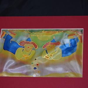 Játszó bohócok - falikép, Dekoráció, Kép, Dísz, Selyemfestés, Valódi hernyóselyemre kézzel festett falikép.  A gyerekszoba vidám, kedves dísze lehet.  Papír kere..., Meska
