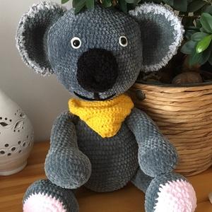 óriás amigurumi koala, Játék & Gyerek, Plüssállat & Játékfigura, Horgolás, Egy igzán kedves, hatalmas extra puha koala. Ülve 36 cm, állva 47 cm ölelni való barát. , Meska
