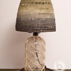 Borobudur rusztik, Lakberendezés, Otthon & lakás, Lámpa, Asztali lámpa, Hangulatlámpa, Horgolás, Újrahasznosított alapanyagból készült termékek, Régi újrahasznosított szódásszifon üveg, egyedileg festett, keményített, horgolt fonal lámpaernyő, k..., Meska