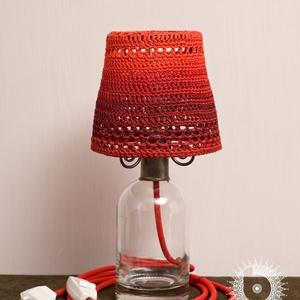 Borobudur piroska, Lakberendezés, Otthon & lakás, Lámpa, Asztali lámpa, Hangulatlámpa, Horgolás, Újrahasznosított alapanyagból készült termékek, Régi újrahasznosított grappás üveg, egyedileg festett, keményített, horgolt fonal lámpaernyő, kovács..., Meska