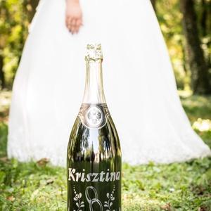 Homokgravírozott esküvői óriáspezsgő, Esküvő, Nászajándék, Esküvői dekoráció, Alkoholos italok, Kulinária (élelmiszer), Gravírozás, pirográfia, Fotó, grafika, rajz, illusztráció, Legyen szó akár egyházi esküvőről, akár polgári házasságkötésről, a neves naphoz mindenképp kell: A ..., Meska