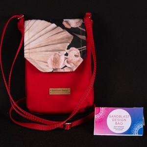 Piros + Virágos Cordura mobil tok, telefon kistáska, Táska & Tok, Pénztárca & Más tok, Telefontok, Varrás, Sziasztok!\n\nEz a kis táskánk kifejezetten mobiltelefonoknak készült. Gyakran megesik, hogy a ruhánkn..., Meska