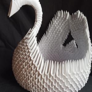3d origami hattyú tároló, Otthon & Lakás, Dekoráció, Asztaldísz, Papírművészet, Tökéletes dekoráció, ami praktikus is. Édesség, ékszer, cserepes virág- bármelyik jól mutat benne \n1..., Meska