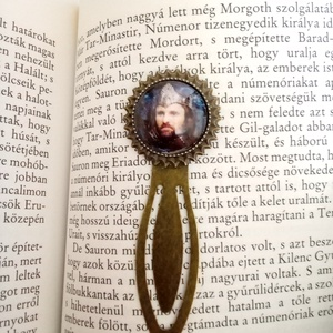 Aragorn, A Gyűrűk Ura csiptetős könyvjelző, Otthon & Lakás, Papír írószer, Könyvjelző, Ékszerkészítés, Mindenmás, Bronz színű csíptetős könyvjelző alapba Aragorn, már mint király került. Film és könyvimádóknak reme..., Meska