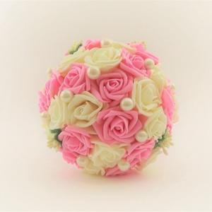 'FOAM ROSES' csokor, Esküvő, Dekoráció, Esküvői csokor, Csokor, Virágkötés, Különlegesen szép habrózsákból készült csokor! Magassága 20cm, a virágos rész átmérője kb. 14 cm. A..., Meska