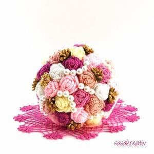 'CROCHETED ROSES' csokor közepes, Dekoráció, Esküvő, Csokor, Esküvői csokor, Horgolás, Virágkötés, A horgolt örökcsokor kitűnő választás lehet szinte minden alkalomra! Adható születésnapra, névnapra..., Meska
