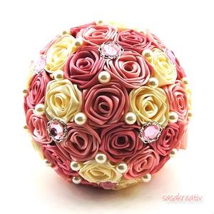'SATIN RIBBON ROSES' csokor KÖZEPES, Dekoráció, Esküvő, Csokor, Esküvői csokor, Virágkötés, Az örökcsokor kitűnő választás minden alkalomra, egyedi és maradandó kézműves ajándék. Adható szüle..., Meska