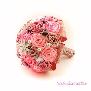 \'SATIN RIBBON ROSES\' csokor KÖZEPES, Otthon & lakás, Dekoráció, Csokor, Esküvő, Esküvői csokor, Virágkötés, Az örökcsokor kitűnő választás minden alkalomra, egyedi és maradandó kézműves ajándék. Adható szület..., Meska