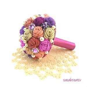 \'CROCHETED ROSES\' csokor közepes, Csokor & Virágdísz, Dekoráció, Otthon & Lakás, Virágkötés, Horgolás, A horgolt örökcsokor kitűnő választás lehet szinte minden alkalomra! Adható születésnapra, névnapra,..., Meska