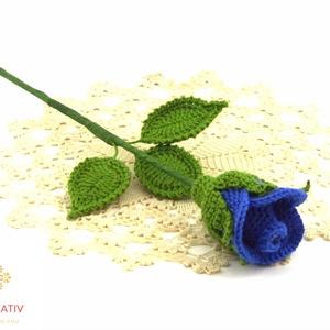 Horgolt szálas rózsabimbó , Otthon & lakás, Dekoráció, Horgolás, Horgolt örök rózsa. A rózsa fej átmérője kb. 4 cm, hossza kb. 30 cm.\nRengeteg színben kérhető, az ak..., Meska