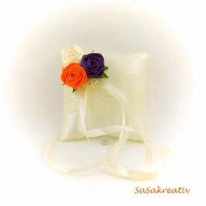 Gyűrűpárna, Esküvő, Gyűrűpárna, Varrás, Virágkötés, A párna szatén anyagból és szatén szalagból készül, 100%-ban kézműves technikával. Mérete kb. 10×10 ..., Meska