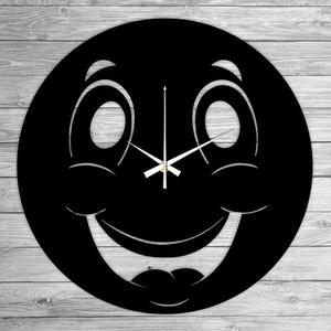 SMILEY bakelit falióra, Falióra & óra, Dekoráció, Otthon & Lakás, Mindenmás, Újrahasznosított alapanyagból készült termékek, Ajándékozz egyedi bakelit órát szeretteidnek! \n\nA csomag tartalma:\n1 db a választott téma szerinti b..., Meska