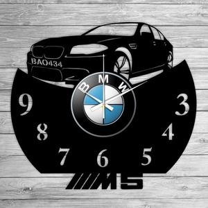 BMW M5 bakelit óra, saját rendszámmal, Falióra & óra, Dekoráció, Otthon & Lakás, Mindenmás, Újrahasznosított alapanyagból készült termékek, Vagány BMW bakelit falióra ajándékba, vagy Neked!\n\nA csomag tartalma:\n1 db a választott téma szerint..., Meska
