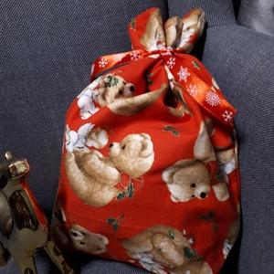 Mikulás tasak - macis-angyalkás, szalaggal, Otthon & Lakás, Karácsony & Mikulás, Mikulás, Varrás, Minőségi textilből készült mikulás, vagy karácsonyi ajándék tasak. Díszszalaggal.\nBélése belül piros..., Meska