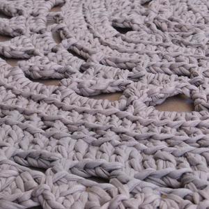 Horgolt kerek szőnyeg (segesdik) - Meska.hu