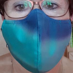 Türkiz-kék kézzel festett, színátmenetes selyem maszk - maszk, arcmaszk - szűrőbetétes - Meska.hu
