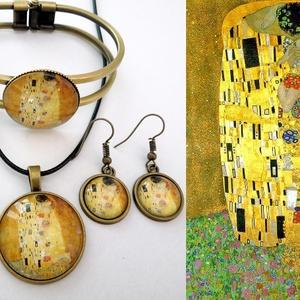 Klimt: Csók - cabochon, üveglencsés 4 db-os szett , Ékszer, Ékszerszett, Ékszerkészítés, Üvegművészet, Gustav Klimt méltán híres képe egy ékszerszettbe foglalva. A kép és a medál ill. karkötőalap belső m..., Meska