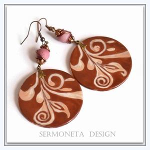 INDA  motivumos olvasztott üveg fülbevaló rózsaszín rhodonit ásványgyönggyel, Ékszer, Fülbevaló, Ékszerkészítés, Üvegművészet, Az üveg fülbevaló mintája inda motívum. Float üvegből vágtam ki a kör alakot, majd porcelán festékke..., Meska