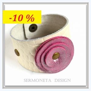 AKCIÓ!!!    Törtfehér  valódi bőr karkötő rózsaszín bőr dísszel, Ékszer, Karkötő, Ékszerkészítés, Bőrművesség, Vintage, romantikus  stilusú karkötő központi eleme egy rózsaszín-ezüst színű marhabőrből  készített..., Meska