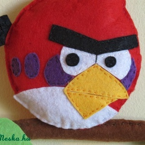 Angry birds_piros madár névtábla, Gyerek & játék, Gyerekszoba, Baba falikép, Képkeret, Ajtódísz, kopogtató, Lakberendezés, Otthon & lakás, Varrás, Ajánlom gyerekszoba falra, vagy Angry birds függőknek :)\nNévvel is kérhető.\n\n\nAnyaga: filc, 100% kéz..., Meska